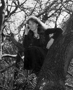 Vivianne Crowley